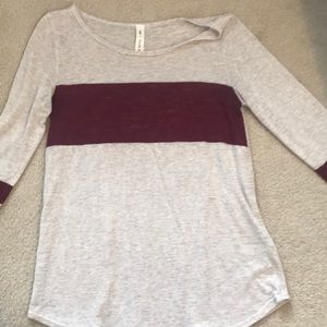 VANILLA BAY Tan Top Sweater Maroon Stripe Large